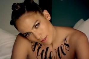 Les tatouages temporaires de Jennifer Lopez