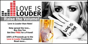 love-is-louder-tee-shirts-personnalisés-bracelets-silicone-Brittany-show