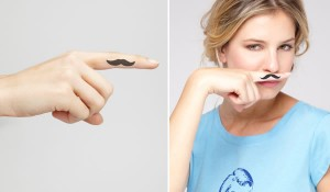 tatoo-moustache
