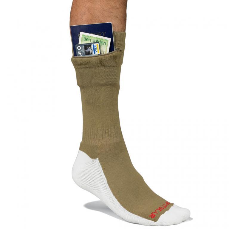 Les chaussettes à poche pour cacher vos sous !