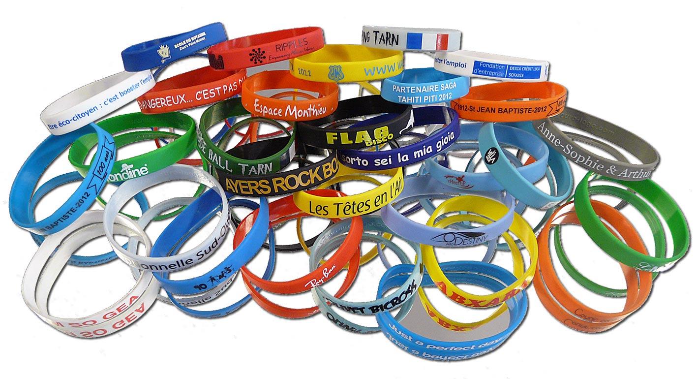 Quelles options choisir pour bien personnaliser ses bracelets silicone