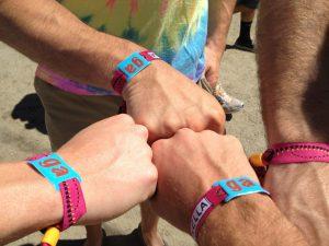 festival-de-Coachella-2014-mythiques-bracelets-d-identification