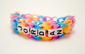 Les-bracelets-Loom-on-en-parle-vraiment-loom-personnalise