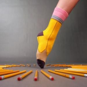 Les-chaussettes-personnalisees-ou l-accessoire-des-superheros-mine-de-crayon