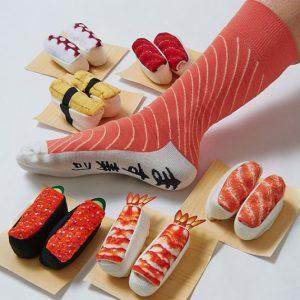 Les-chaussettes-personnalisees-ou l-accessoire-des-superheros-sushi