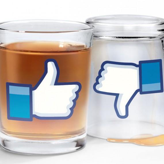 Les goodies Facebook et twitter pour les geeks