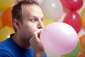 Tout-savoir-sur-le-gonflage-des-ballons-a-l-helium-voix