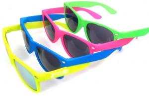Les-lunettes-de-soleil-personnalisees-le-it-goodies-summer-2015-1)