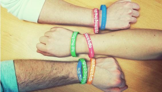 Caen sporte contre le cancer : les bracelets silicone