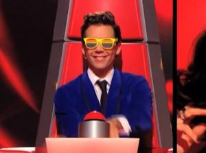 World-Interpride-2016-notre-sélection-des-meilleurs-goodies-pour-la-gaypride-de-Montpellier-Mika-lunettes-gaypride