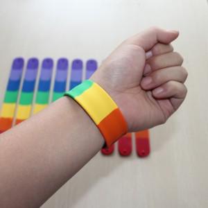 World-Interpride-2016-notre-sélection-des-meilleurs-goodies-pour-la-gaypride-de-Montpellier-bracelets-slap-gaypride
